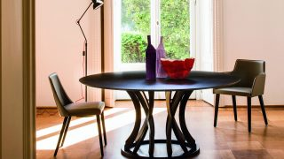 Dorico Dining Table