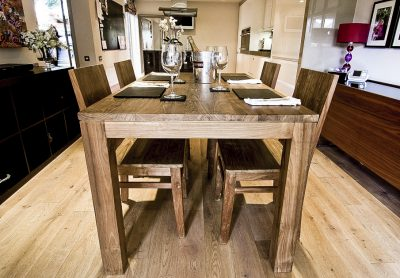 Pusuk Dining Set and 4 chairs