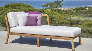 Flexx Chaise by Skyline Design